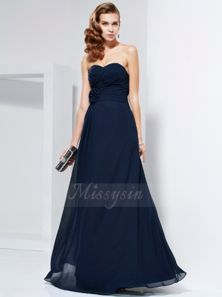 A-Line/Princess Sleeveless Floor-Length Chiffon Sweetheart Pleats,Hand-Made Flower Dresses