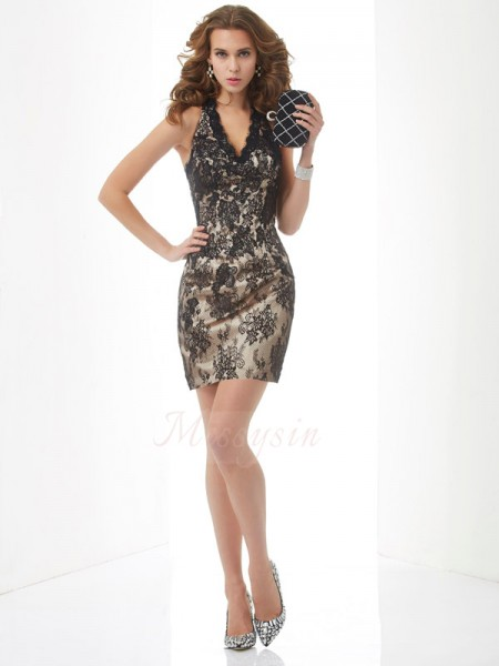 Sheath/Column Sleeveless Short/Mini Lace Halter Cocktail Dresses