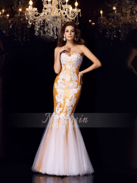Trumpet/Mermaid Sleeveless Sweetheart Applique Floor-Length Taffeta Dresses