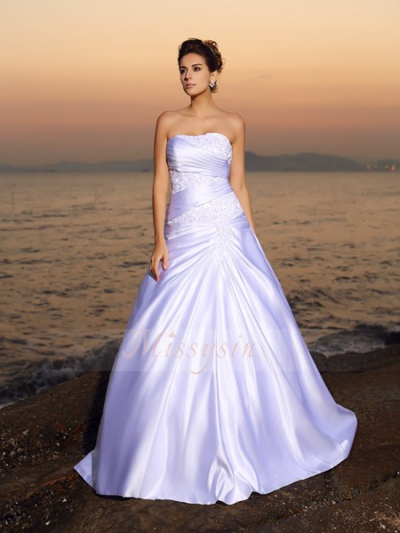 Ball Gown Sleeveless Strapless Beading,Applique Court Train Satin Wedding Dresses