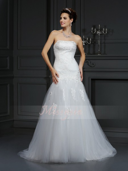 Sheath/Column Sleeveless Strapless Court Train Satin Wedding Dresses