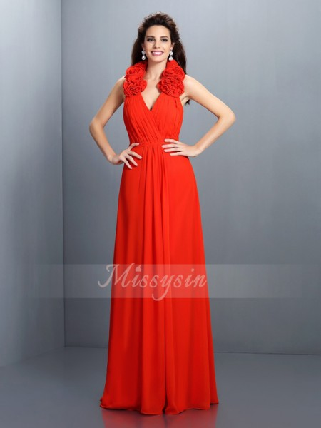 A-Line/Princess Sleeveless Halter Hand-Made Flower Floor-Length Chiffon Dresses