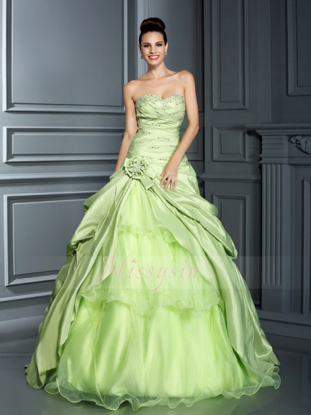 Ball Gown Sleeveless Sweetheart Hand-Made Flower Floor-Length Taffeta Dresses