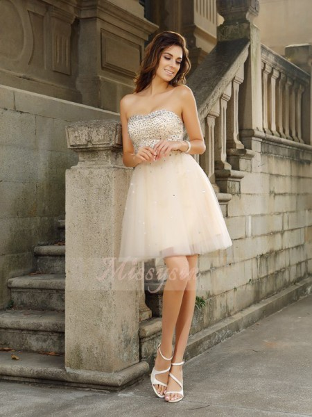 A-Line/Princess Sleeveless Strapless Beading Short/Mini Satin Dresses