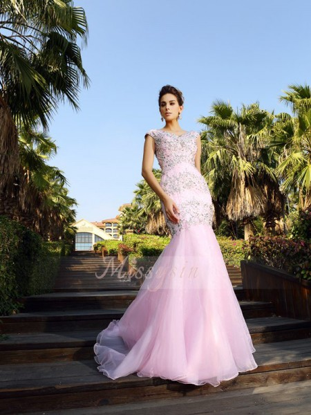 Trumpet/Mermaid Sleeveless V-neck Beading Court Train Satin Dresses