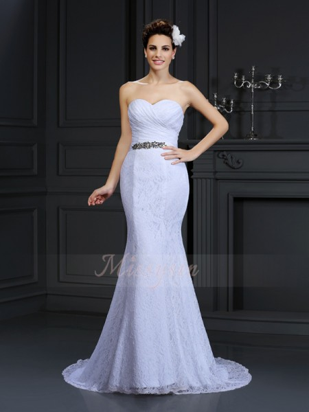 Trumpet/Mermaid Sleeveless Lace Sweetheart Chapel Train Wedding Dresses