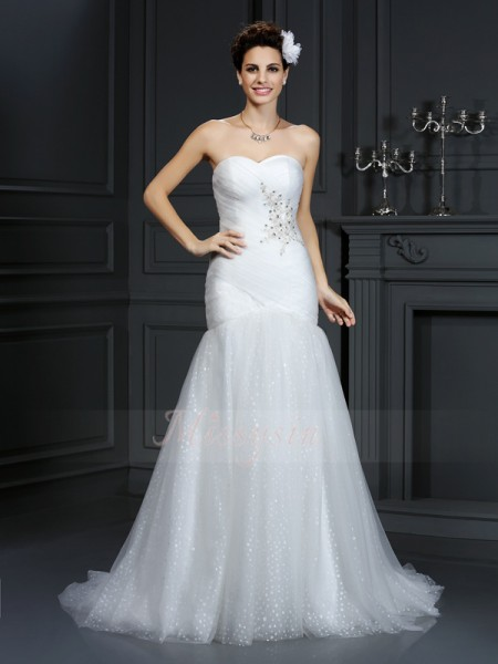 Sheath/Column Sleeveless Net Sweetheart Beading Court Train Wedding Dresses