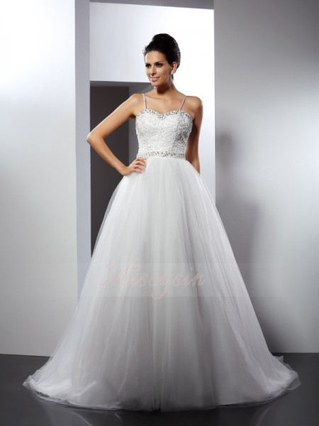 A-Line/Princess Sleeveless Tulle Spaghetti Straps Beading Chapel Train Wedding Dresses