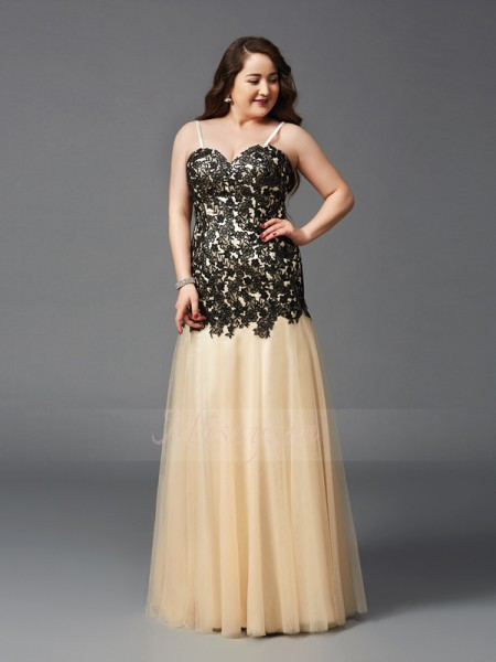 Sheath/Column Sleeveless Spaghetti Straps Applique Floor-Length Net Plus Size Dresses