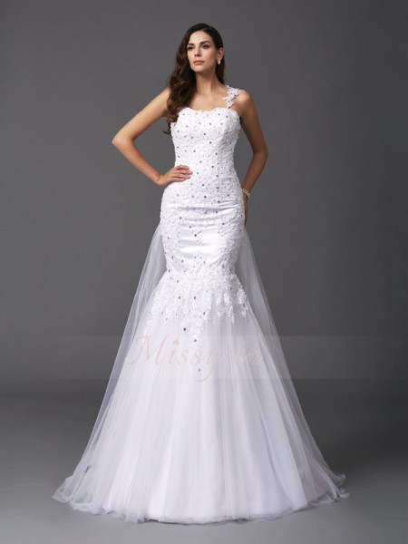 Trumpet/Mermaid Sleeveless Straps Beading Sweep/Brush Train Net Wedding Dresses