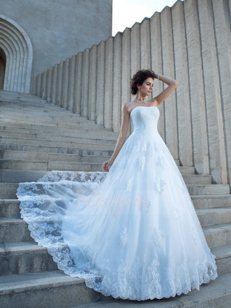 Ball Gown Sleeveless Spaghetti Straps Applique Chapel Train Satin Wedding Dresses