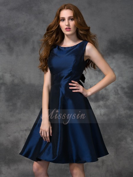 A-line/Princess Sleeveless Scoop Other Knee-length Taffeta Bridesmaid Dresses
