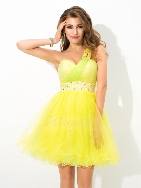 A-Line/Princess Sleeveless One-Shoulder Beading Short/Mini Net Cocktail Dresses