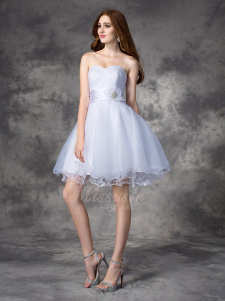 A-line/Princess Sleeveless Sweetheart Ruffles Short/Mini Organza Cocktail Dresses