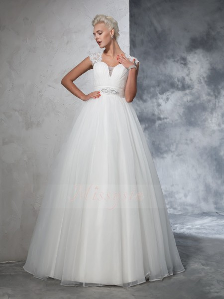 Ball Gown Sleeveless Sweetheart Ruched Sweep/Brush Train Tulle Wedding Dresses