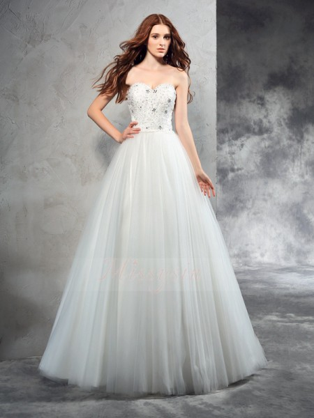 A-Line/Princess Sleeveless Sweetheart Beading Floor-Length Net Wedding Dresses