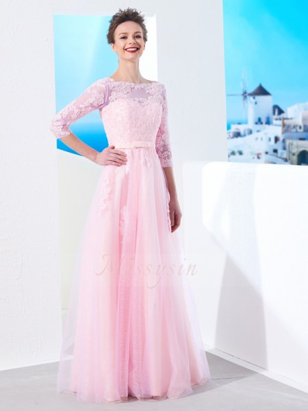 A-Line/Princess Floor-Length Bateau Applique 1/2 Sleeves Tulle Dresses