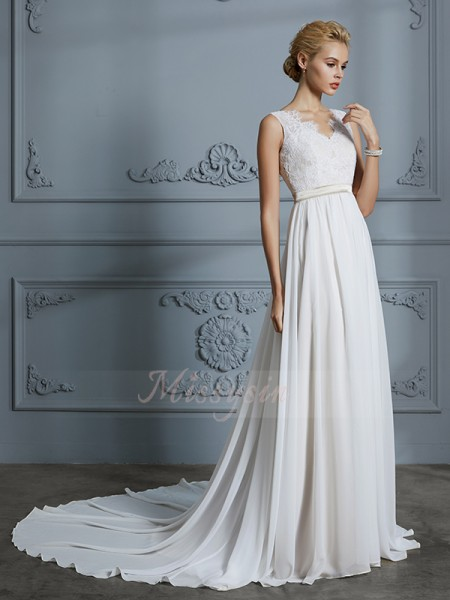 A-Line/Princess Sleeveless Chiffon Court Train V-neck Wedding Dresses 71022