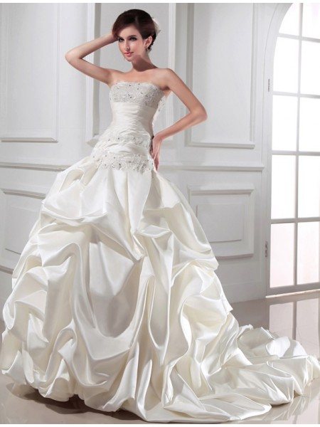 Ball Gown Strapless Chapel Train Beading,Applique Sleeveless Satin Wedding Dresses