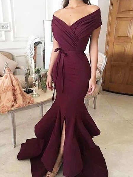 Trumpet/Mermaid Sleeveless Ruched Off-the-Shoulder Floor-Length Satin Dresses