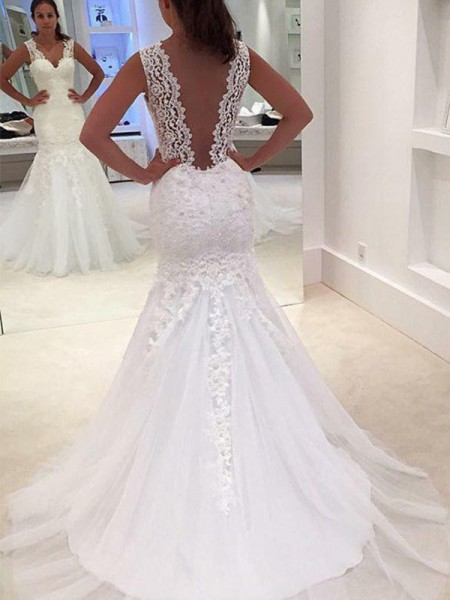 Trumpet/Mermaid Sleeveless V-neck Lace Court Train Applique Wedding Dresses