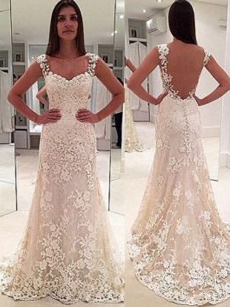 Sheath/Column Sleeveless Sweetheart Lace Court Train Applique Wedding Dresses
