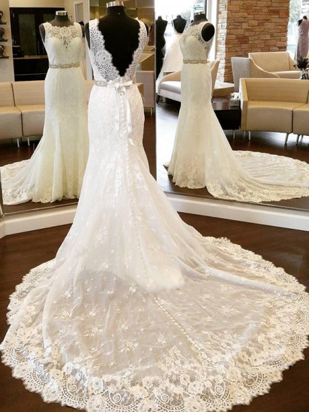 Sheath/Column Sleeveless Scoop Lace Chapel Train Bowknot Wedding Dresses