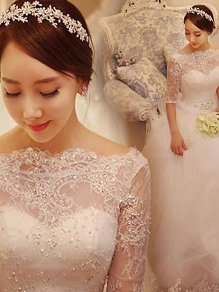 Trumpet/Mermaid 3/4 Sleeves V-neck Tulle Court Train Wedding Dresses
