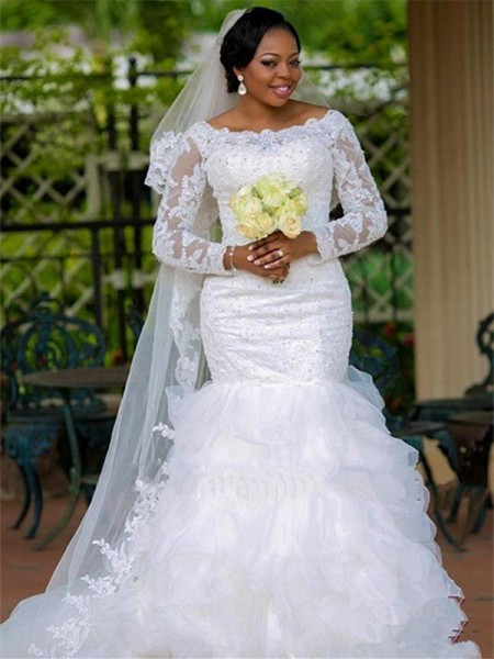Ball Gown Long Sleeves Scoop Tulle Chapel Train Applique Wedding Dresses