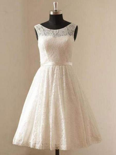 A-Line/Princess Sleeveless Scoop Lace Knee-Length Sash/Ribbon/Belt Wedding Dresses