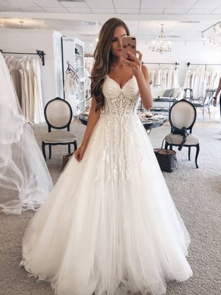 A-Line/Princess Sweetheart Sleeveless Tulle Floor-Length Wedding Dresses