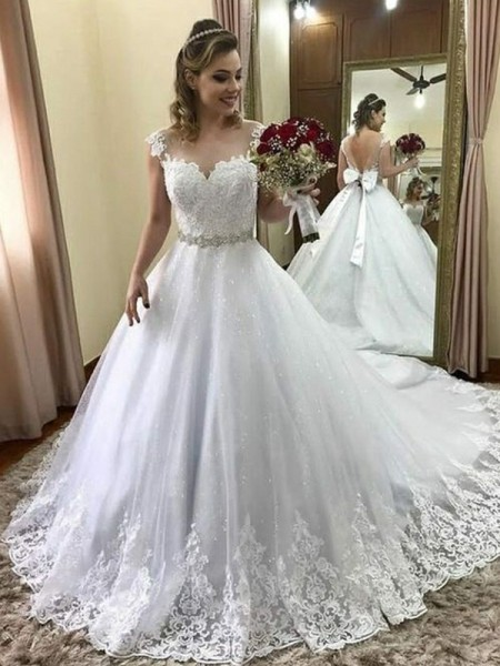 Ball Gown Sweetheart Sleeveless Beading Tulle Court Train Wedding Dresses