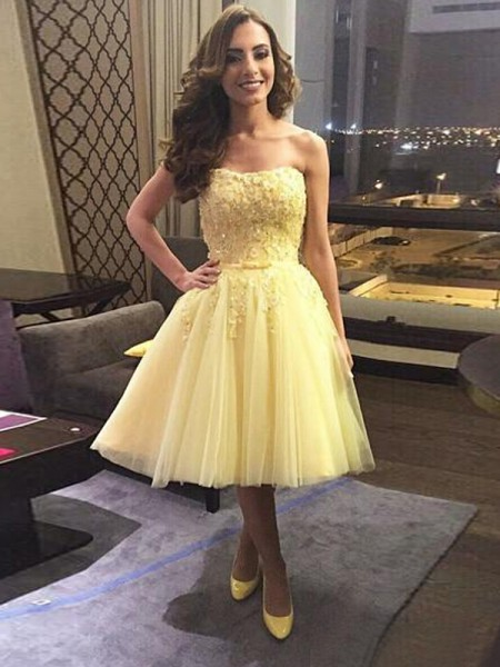 A-line/Princess Sleeveless Applique Sweetheart Short/Mini Tulle Cocktail Party Dresses