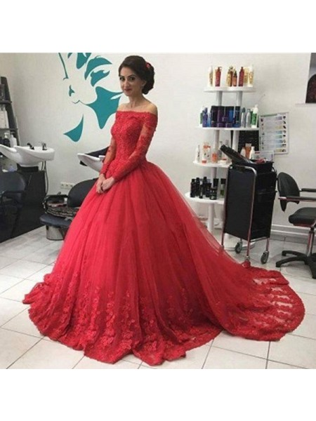 Ball Gown Long Sleeves Tulle Off-the-Shoulder Lace Court Train Dresses