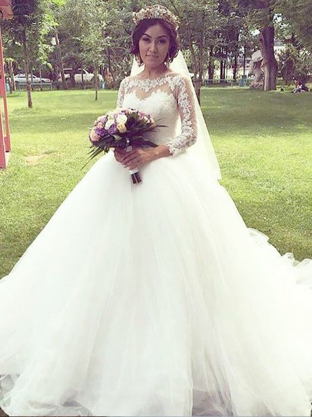 Ball Gown Long Sleeves Tulle Bateau Court Train Wedding Dresses